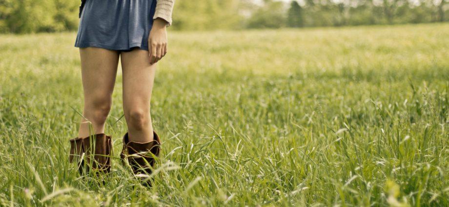 Baise dans les champs