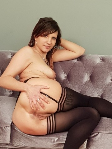 Elena Black - levrette